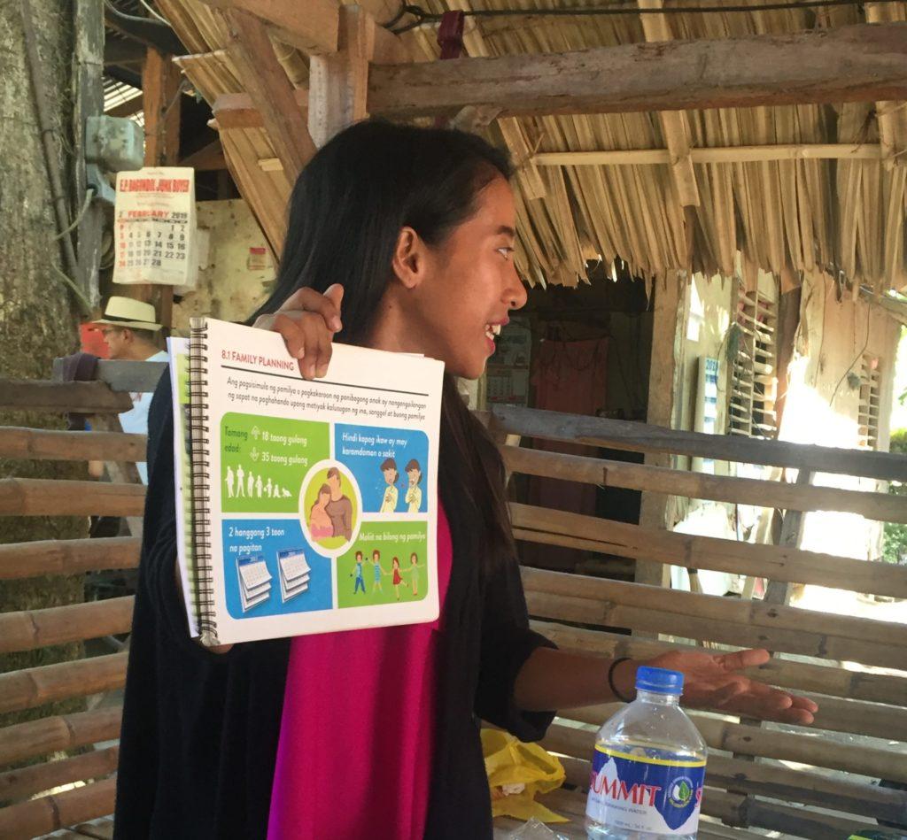 ICM trainer discusses family planning methods.